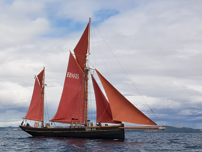 Sailing Trawler Day Cruise