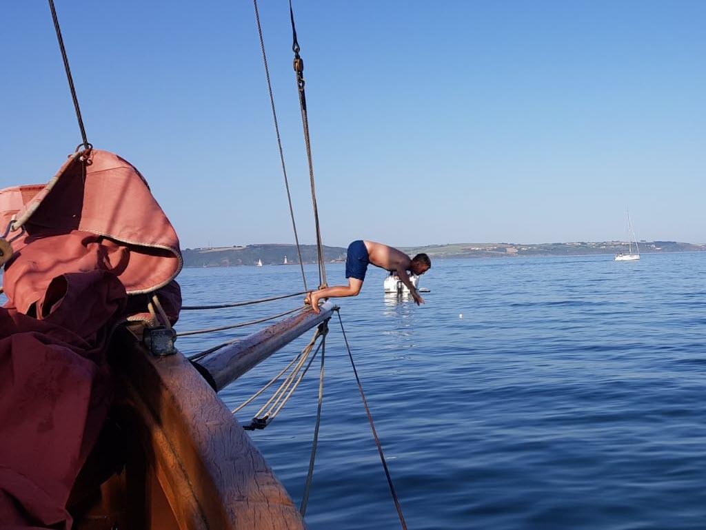 Sail Dip and Dine